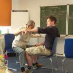 Dani beim Kinesiologie_Test